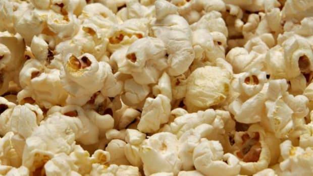 Popcorn is a healthy, low-calorie alternative to junk food.