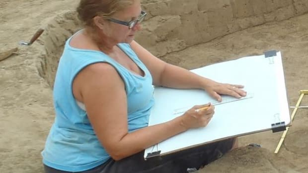 Indiana University archaeologist Susan Alt works at the Emerald site in southwestern Illinois.