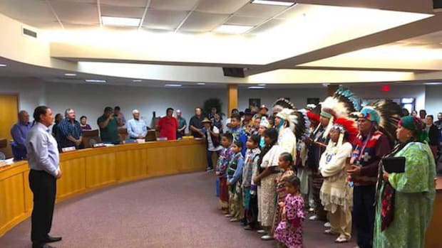 The Yakama delegation included Chairman JoDe Goudy, women, children and Council members who greeted Chairman Archambault and the Standing Rock Sioux Tribal Council with songs, prayers and gifts.