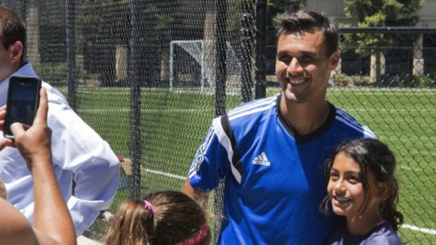"Fans wanting to take a selfie with Kiowa star Chris ""Wondo"" Wondolowski have become a fact of life for the World Cup soccer athlete."