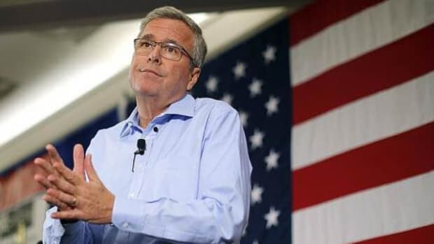 A super PAC supporting GOP presidential candidate Jeb Bush received a $100,000 contribution from Washington football team owner Daniel Snyder. Later, Bush said the team shouldn't change its name.
