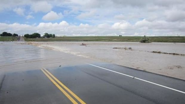 Flooding at St. Vrain River in Weld County, Colorado, on September 13 caused concerns about possible oil spill contamination.