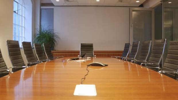 conference_table_-_thinkstock.com_