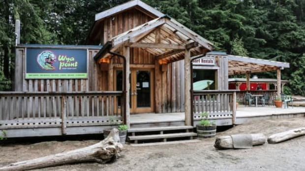 The Ucluelet opened the Wya Point Surf Shop & Café, which rents surfboards, wetsuits, and is the only surf shop with local First Nations instructors.