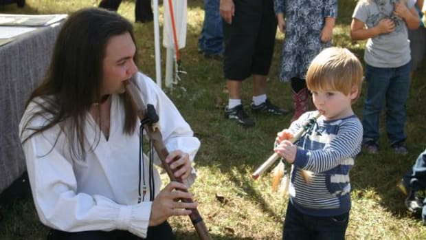 Gareth shares the beauty of Native American flute music with fans of all ages. Photo courtesy Gareth Laffely.