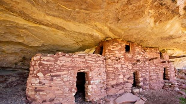 One of the innumerable little-known prehistoric ancestral Puebloan structures in desperate need of preservation, Bears Ears, Utah.