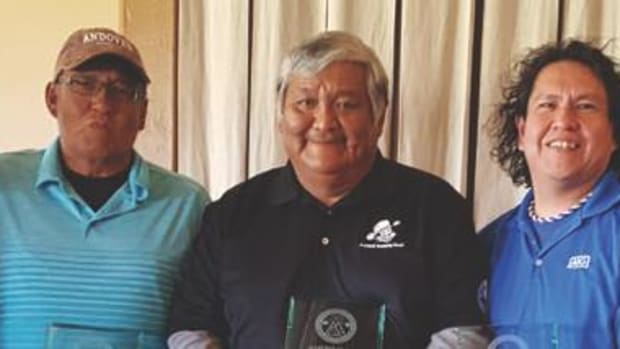 Notah Begay III (left) and Derek Valdo (right) congratulate the tournament winning team members hailing from Canada: Darrell Goodwill, Gordon Nez and Colin Oak (not pictured: Ron Pinto).