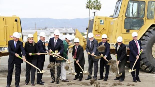 Loma Linda University Health, San Manuel Band of Mission Indians and City of San Bernardino officials break ground on the new San Manuel Gateway College, which will offer entry-level medical course opportunities and clinical facilities for area residents.