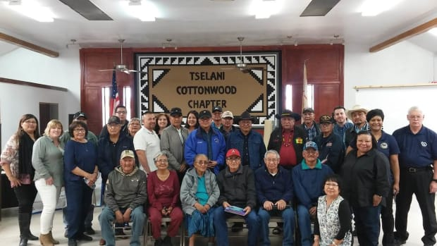 On May 10, 2018, the Veterans Administration (VA) and the Navajo Nation will host a claims event focused on identifying Native veterans with presumptive disabilities. These conditions may qualify for VA compensation payments. The group pictured were assisted in 2017.