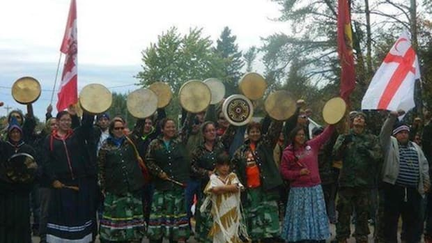 Women on the frontlines in Elsipogtog First Nation territory, protesting fracking in 2013.