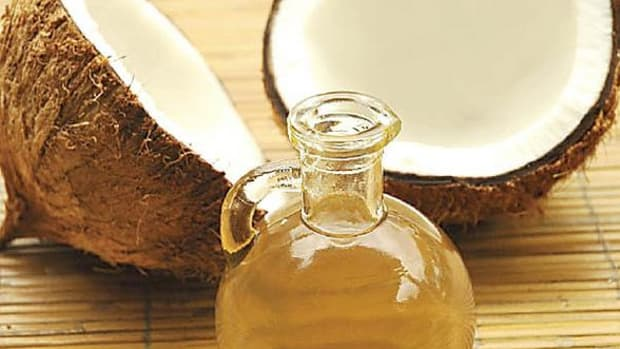 Coconut oil has some surprising health benefits, like treating damaged hair, healing chapped lips and ameliorating skin problems such as stretch marks.