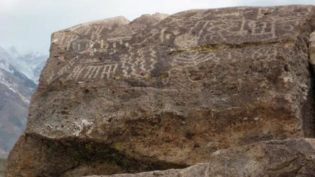 Petroglyphs found at the Volcanic Tableland, near Bishop, California. Looting of Native artifacts is rampant throughout the West.