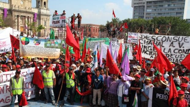 Some 2,000 Mayan and Ladino farmers who marched in protest of indigenous rights and for an active role in government actions reached the presidential palace the week of March 26.