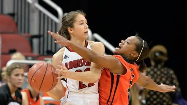 Jude Schimmel finished 4-of-10 from the floor for nine points with one coming from beyond the arc.She had six steals and four assists in 29 minutes of play against Indiana University-Purdue University Indianapolis. The Cardinals won 89-69.