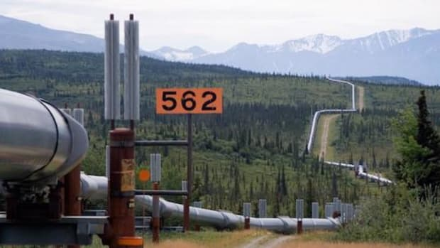 The Trans-Alaska pipeline runs 800 miles from the Arctic Ocean to the Gulf of Alaska.