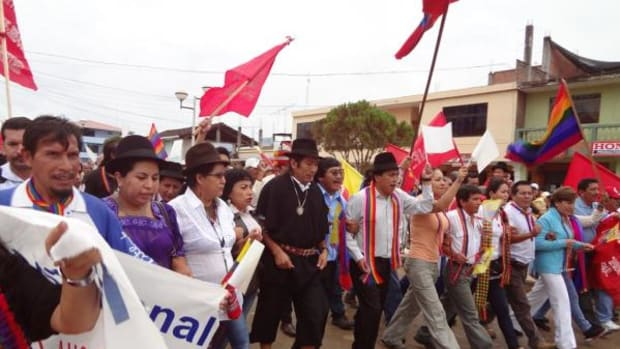 Hundreds of indigenous people and members of the political opposition set out for Quito on March 8 in a marching demonstration for improved water safeguards and protesting large-scale mining in Ecuador.