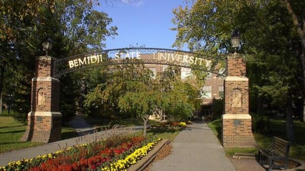 Bemidji State University entrance.