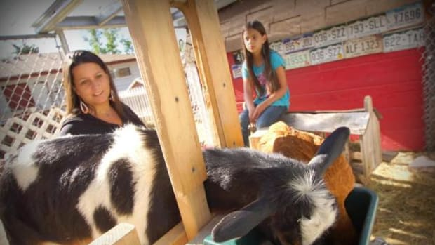 Monycka Snowbird (seen here with her daughter Bella) is one among a growing number of Native people and organizations in the United States both on and off tribal land committed to leading clean, sustainable, and culturally competent lives.