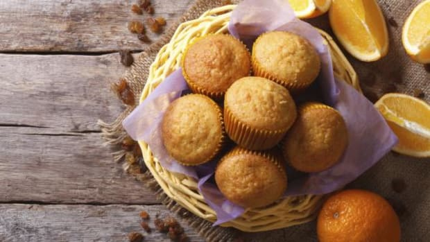 How about making mom some orange muffins for Mother's Day this weekend?