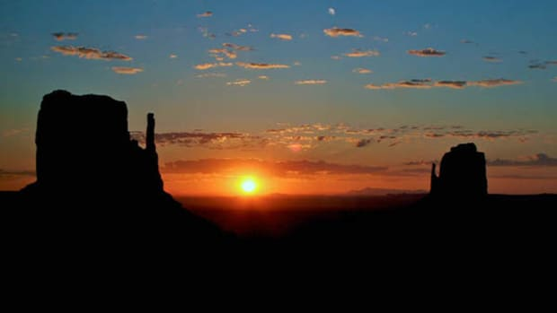 Marvel at the towering sandstone buttes of Monument Valley Navajo Tribal Park while staying at The View Hotel at Monument Valley.