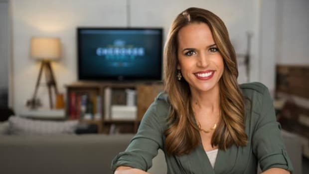 """""""Osiyo, Voices of the Cherokee People"""" debuts on television and online February 15. The program is hosted by Cherokee Nation citizen and Emmy-winning journalist Jennifer Loren."""