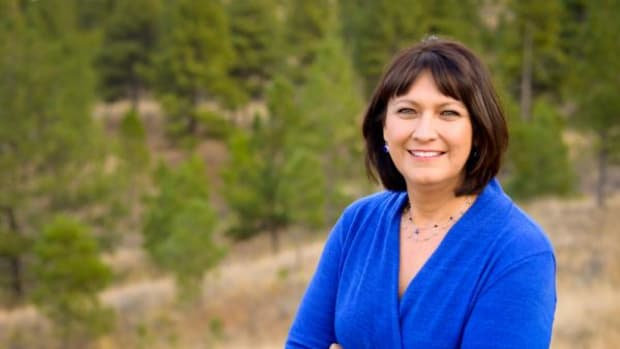 Montana's Superintendent of Public Instruction, Democrat Denise Juneau announced this week she will run for Montana's sole congressional representative spot.