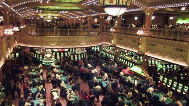 Having accurate crowd counts, and knowing the type of crowd, is crucial for casino security. (AP Photo/Cliff Schiappa)