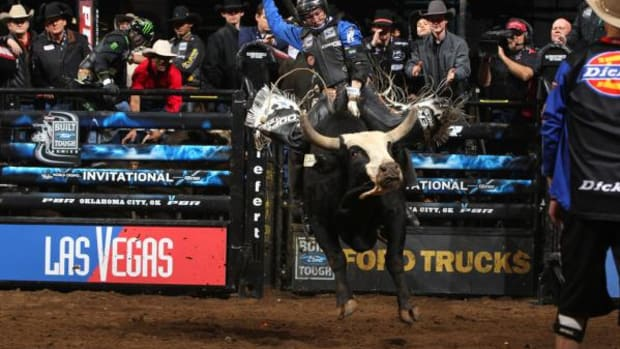 Ryan Dirteater rides Too Sexy for a 90.75 score during the championship round of the PBR Built For Tough Series in Oklahoma City