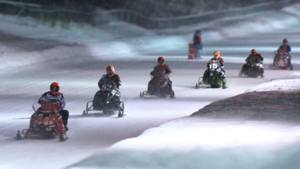 Snowmobile Racing at its craziest – The I-500