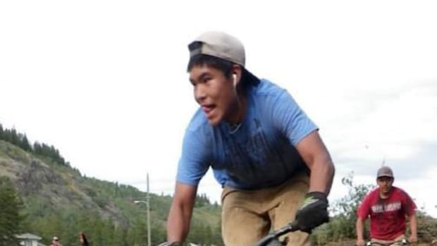 Aboriginal youth are staying active with a biking project in Canada.
