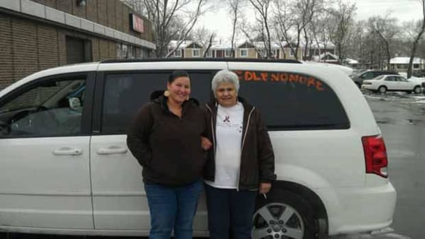 Mishkomekinaak Ikwe (left) and Mille Lacs elder Irene Benjamin set off for Washington D.C. on December 28 to pressure a meeting between Prime Minister Stephen Harper and hunger striking chief Theresa Spence in Canada.