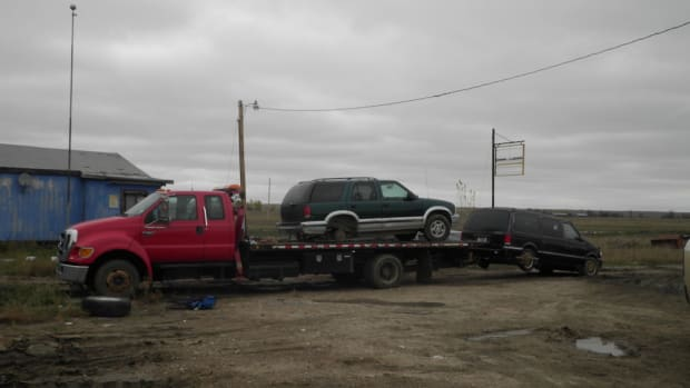 2016-10-10-Fort Peck vehicle cleanup
