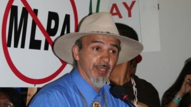 Thomas O'Rourke, Chair of the Yurok Tribal Council, speaks at a protest against the MLPA on July 21.