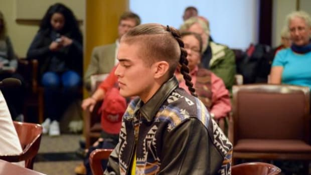 Klamath/Leech Lake Ojibway actor Dyami Thomas gave testimony to the Portland City Council about never being taught the truth about Columbus in school.