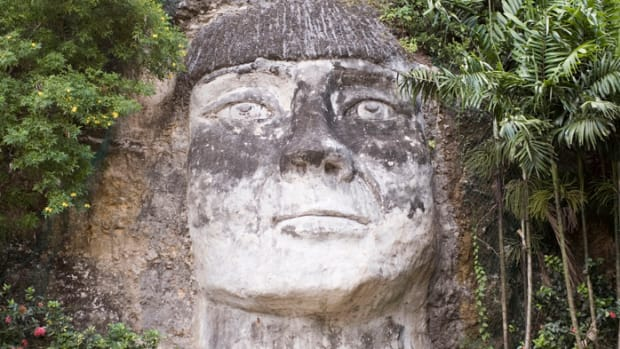 Taino Indian sculpture, Puerto Ricans mixed DNA - Taino, Spanish and African