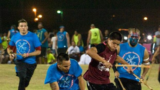 Player take part in a game of Kapucha Toli or Ishtaboli. The Tvshka Homma will face Beaver Dam July 4 at the Choctaw Indian Fair.