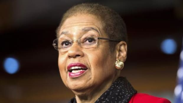 """Congresswoman Eleanor Holmes Norton [D-DC] has introduced a bill to prohibit the NFL from being exempt from federal antitrust laws if it continues to allow the Washington team to use the term """"Redsk*ns."""""""