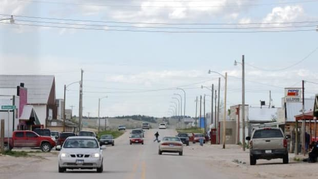The Oglala Sioux Tribal Council has asked Pine Ridge Indian Reservation businesses not to sell the Rapid City Journal. Some residents have given up reading the paper; others can pick up copies in nearby towns, such as Whiteclay (shown here), just over the Nebraska state line and a short distance from Pine Ridge village.