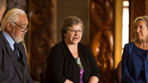 Karen Diver visit to New Zealand, October 25 - 31, 2016. (Photo by US Embassy New Zealand, Creative Commons)
