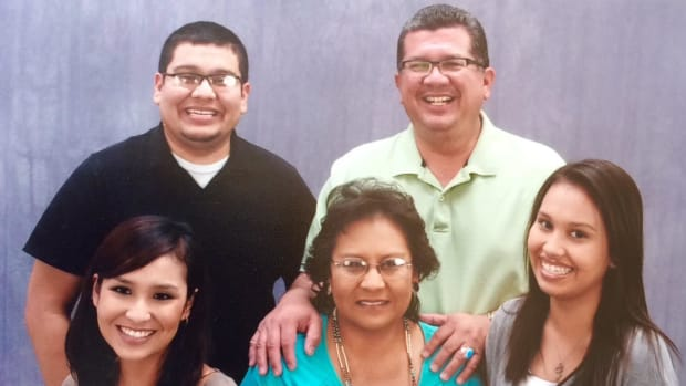Gloria Kellogg (middle) with her husband and three children. (Photo courtesy of The Kellogg family)