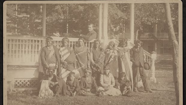 Recent arrivals at the Carlisle Indian Industrial School pose with upperclassmen. About 80,000 students attended the school before it closed in 1918. (Photo courtesy of the Carlisle Indian School Digital Resource Center)