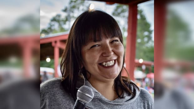 Deanna Rae StandingCloud, Red Lake Nation, is a powwow emcee. (Photo by Nedahness Greene)
