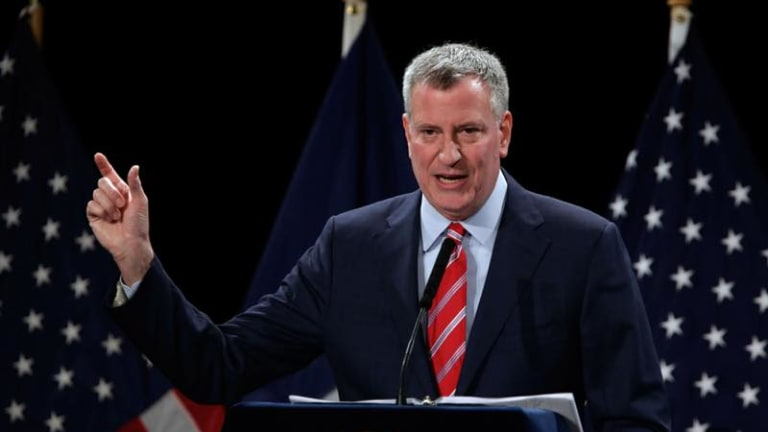 New York City seal should be re-examined, de Blasio says