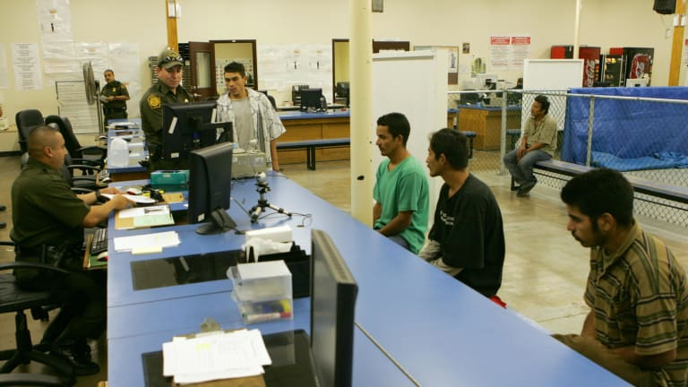 US experiments in Texas with plan to speed asylum decisions