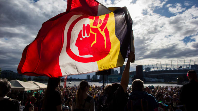 Activists fight fossil-fuel pipeline