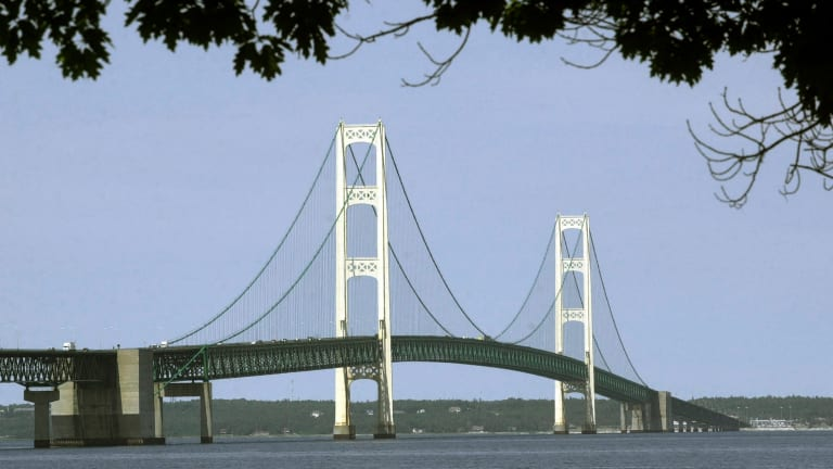 Army Corps plans extensive review of Enbridge tunnel