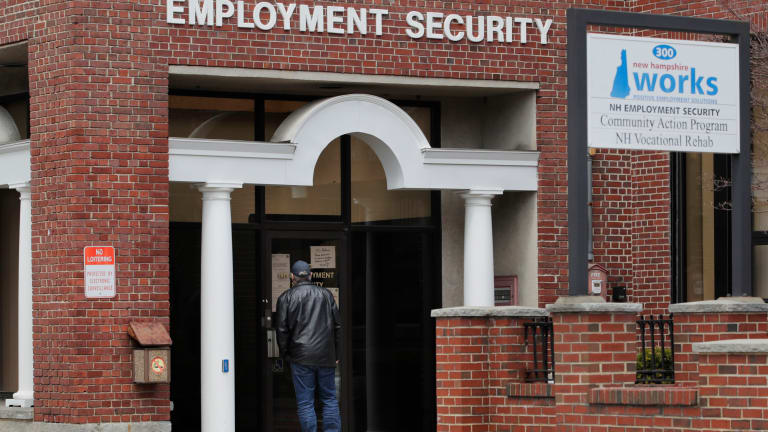 1.5 million more laid-off workers seek unemployment benefits