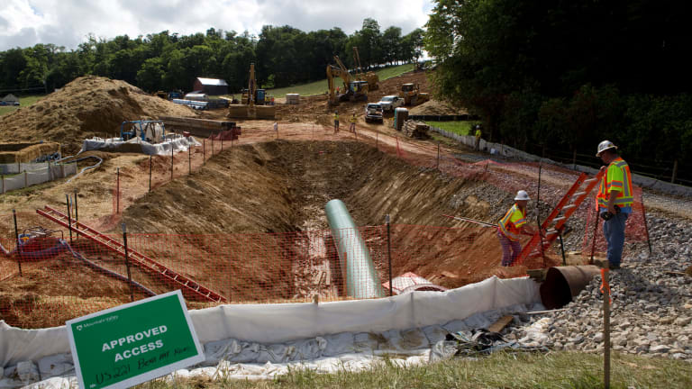 Court ruling puts pipeline projects across the country on hold