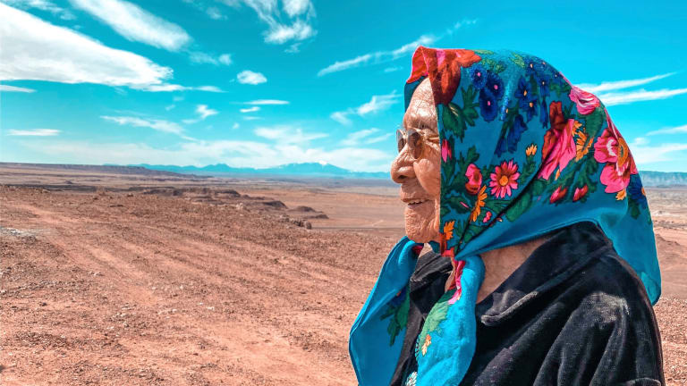 96-year-old Navajo woman becomes an internet hit