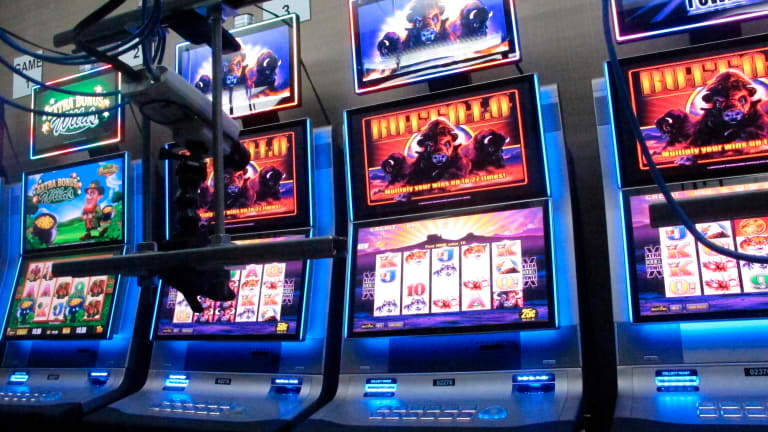 Virus could lead to more sports, online betting in US